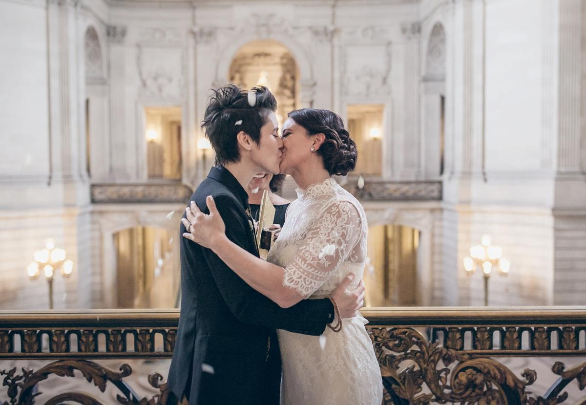 Sf-City-hall-wedding_0022.jpg