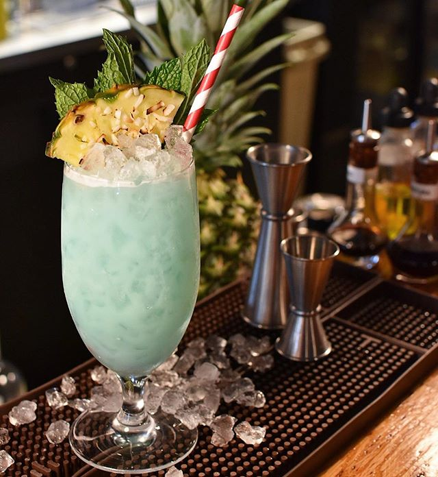 And then sometimes you just need to make a traditional Blue Hawaiian with homemade/scratch ingredients 🤷🏼‍♂️ . Birch Made Blue Hawaiian . @bullyboybooze White Rum | Homemade Blue Curaçao | Homemade Coconut Cream | Fresh Pineapple Juice