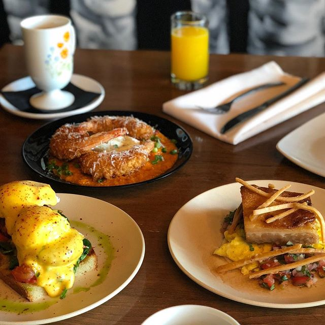 SATURDAY & SUNDAY BRUNCH 👏 . Come Check Out Our NEW Fall Tapas Style Brunch Menu ! . Shrimp & Grits , Crab Benny,  Huevos Rancheros & Much More