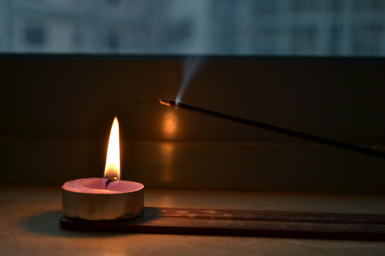 candleandincense.jpg
