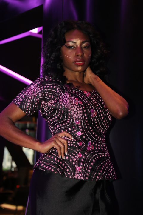 Golden Lion Images By Konata The Runway  Realway Show 11-20-16 1260.jpg