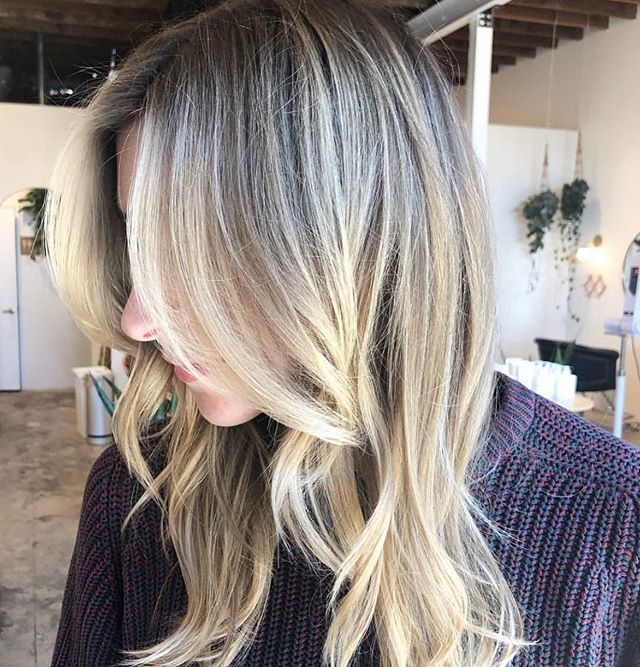 Hey babe, if you're missing us, we're definitely missing you!  Come on in, we have all your summer hair #goals up our sleeve and we're all about making this happen for you!  This beauty is by our girl @laurenpaynehair  Give us a call or book online - links in bio ✨