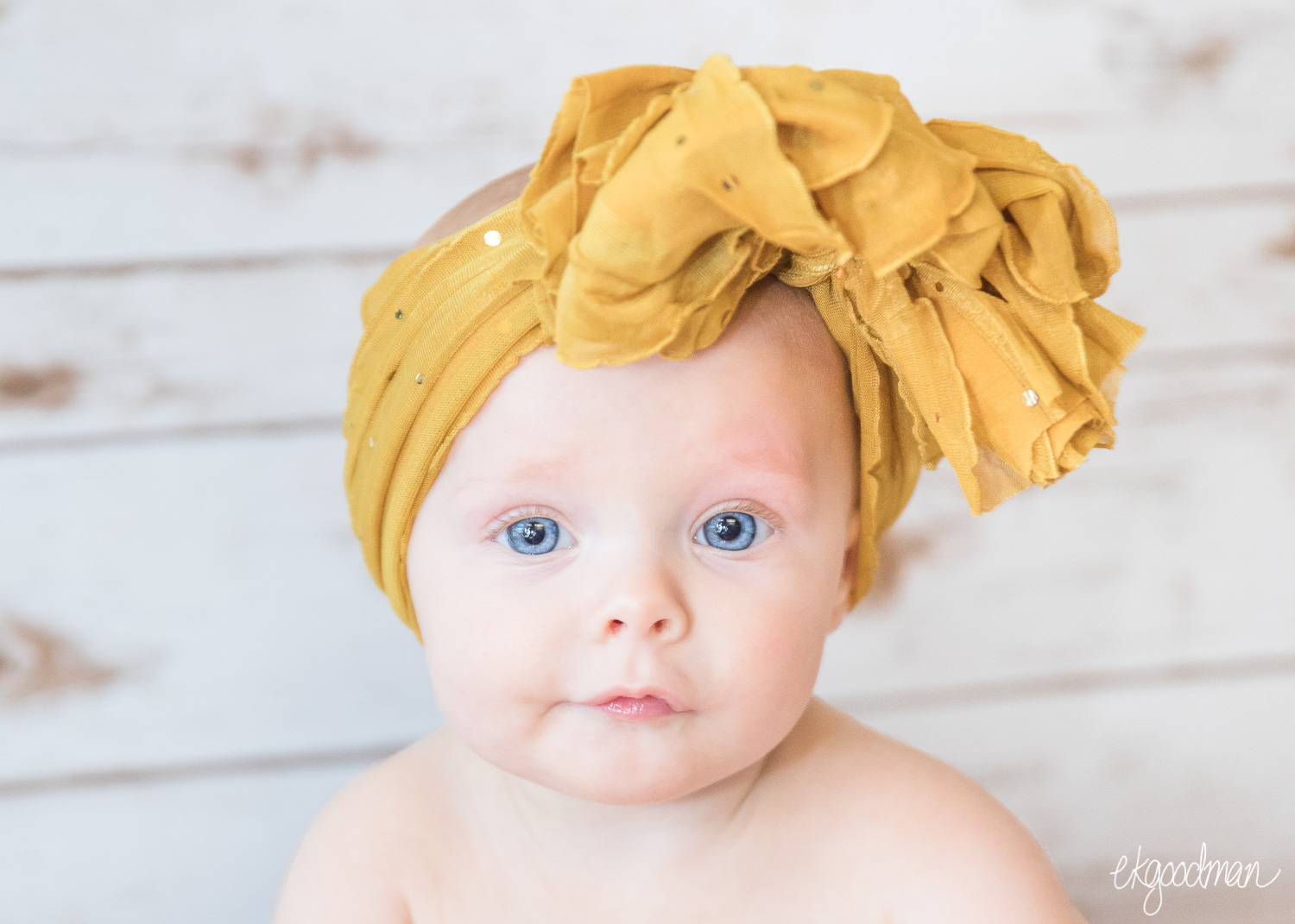 Six months just disappear - A baby milestone to commemorate the first year