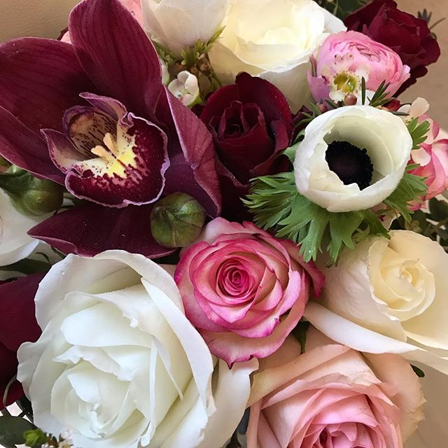 Love this close up of S's bouquet. So glad we could use beautiful #anemone to highlight the beautiful burgundy and blush tones #melbourneweddingflorist #weddingflowers #bridalbouquet #burgandyandblush #rosesandorchids #toembellish