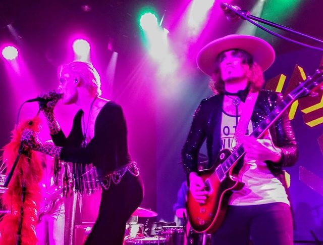 Me and @jackjamesbusa last week in #Texas he's looking away from me because he's intimidated about the size of my new hat. . . . . . #newmusic #unitheband #acl #dandywarhols #gibson #bighats