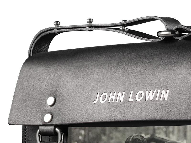 leather trim detail