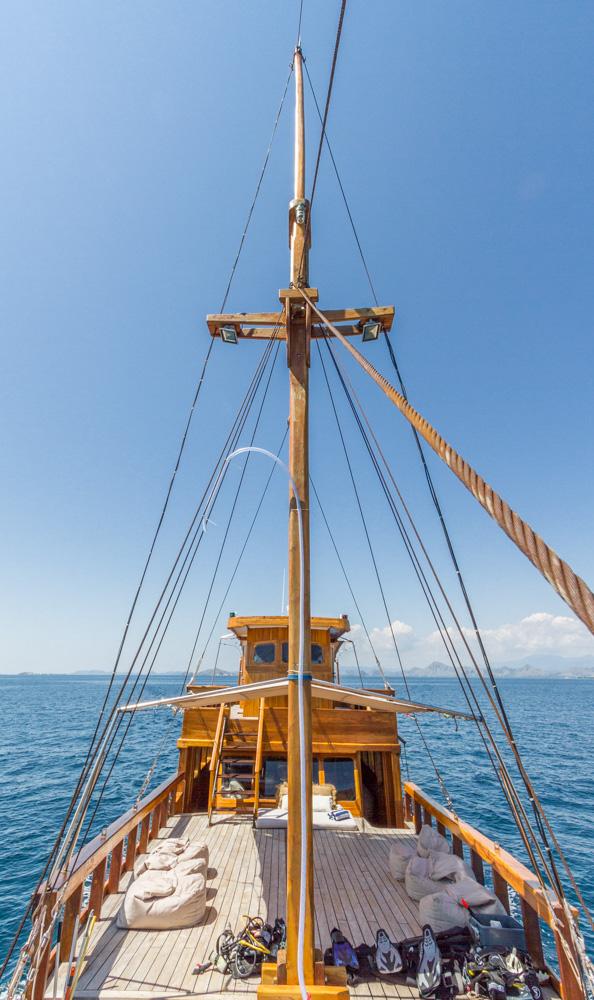 kelana_boat.JPG