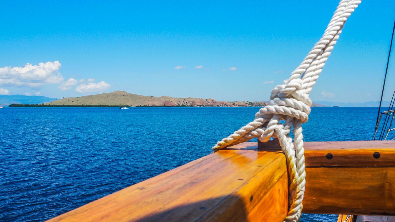 kelana_boat_cruise_details_sea.jpg
