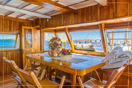 kelana_boat_cruise_interior-1.png