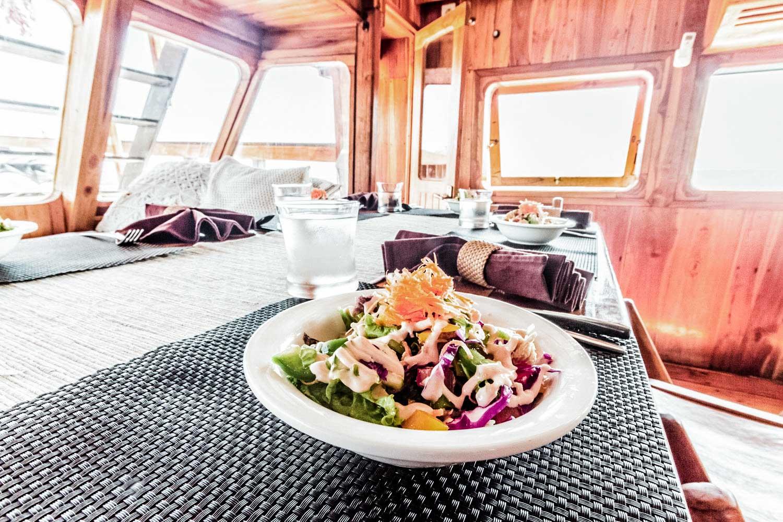 Kelana Fine Dining On Board to Komodo Islands
