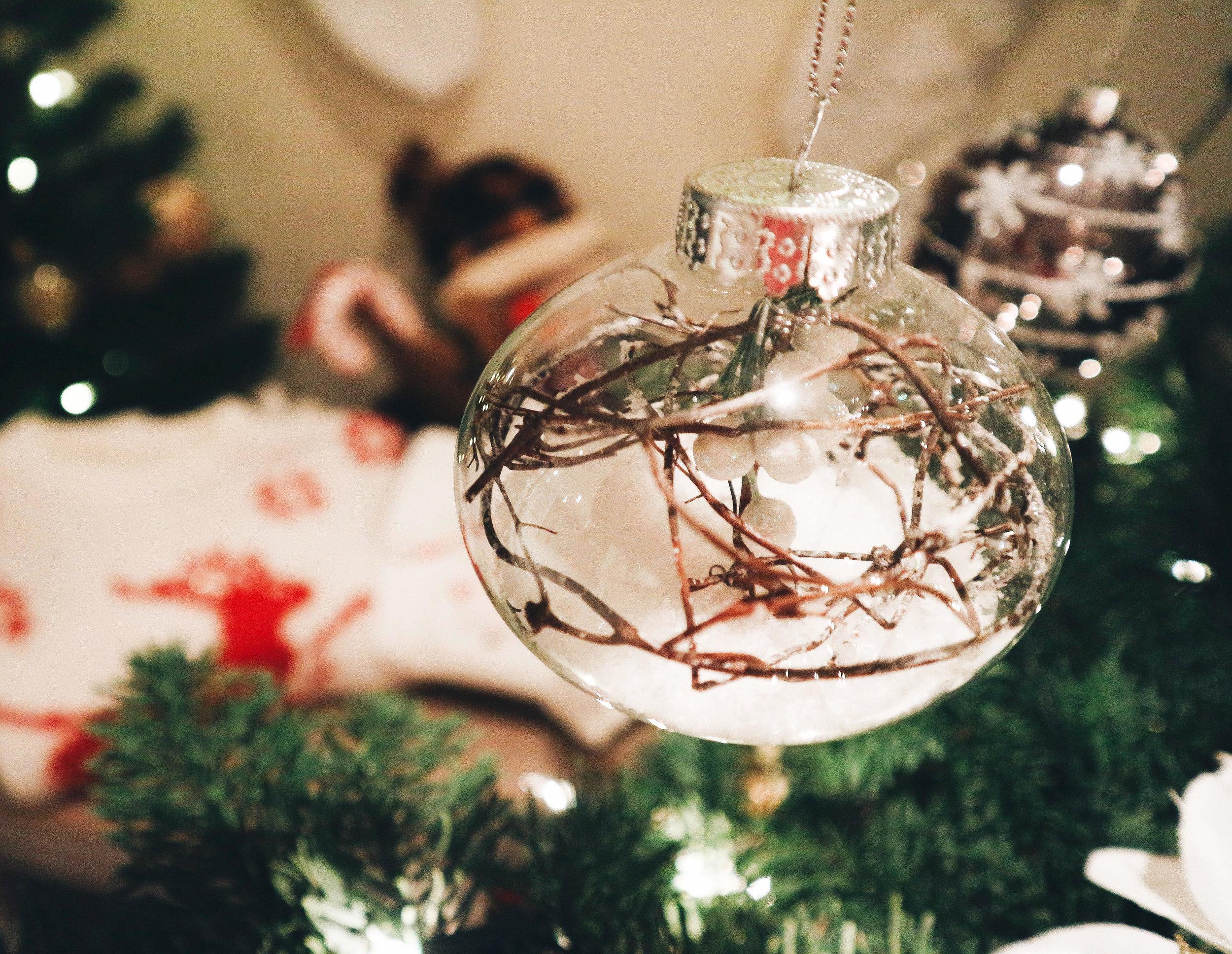 christmas baubel.jpg
