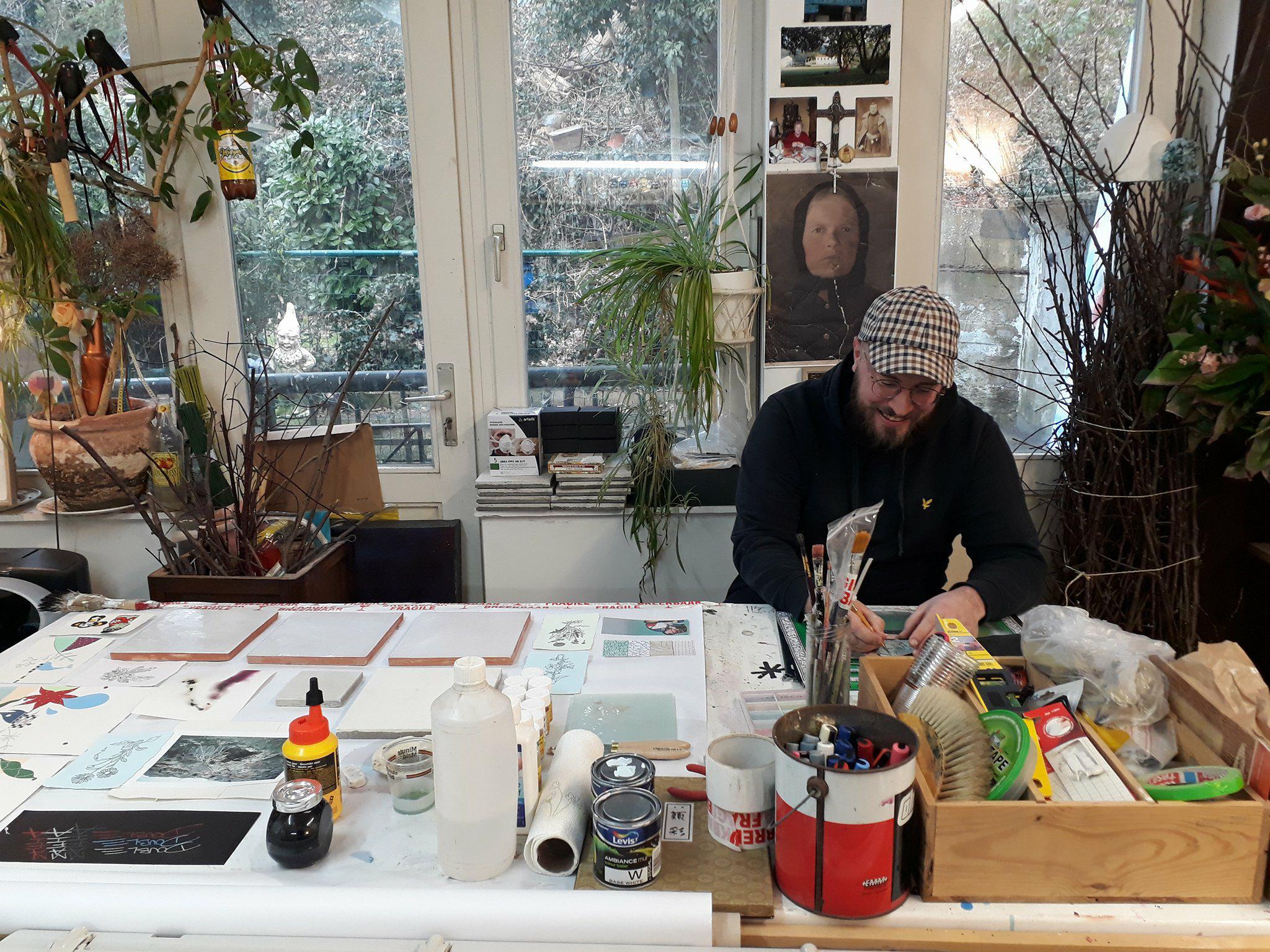 Marcin Sobolev in his workshop ©Hangar photo