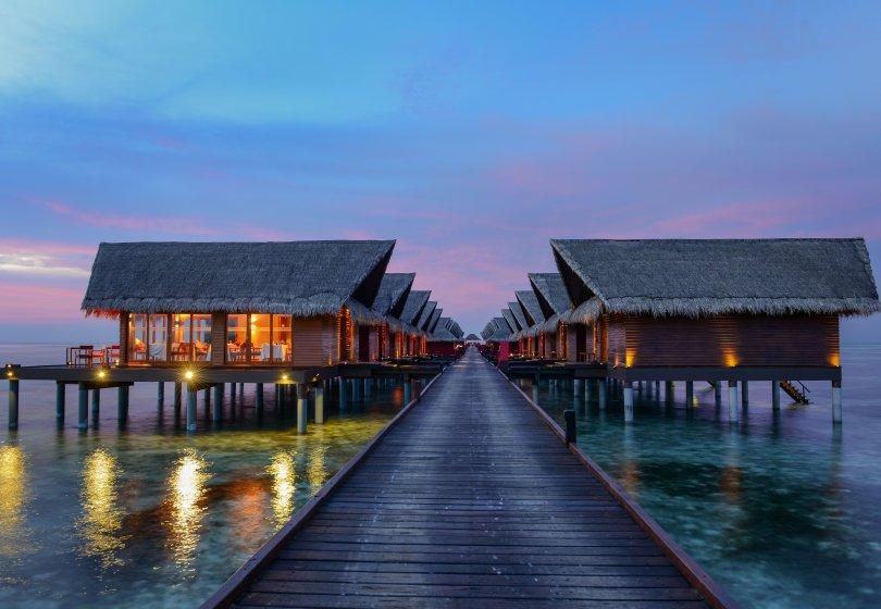 hudhuranfushi-surf-resort-ocean-villas-night.jpg