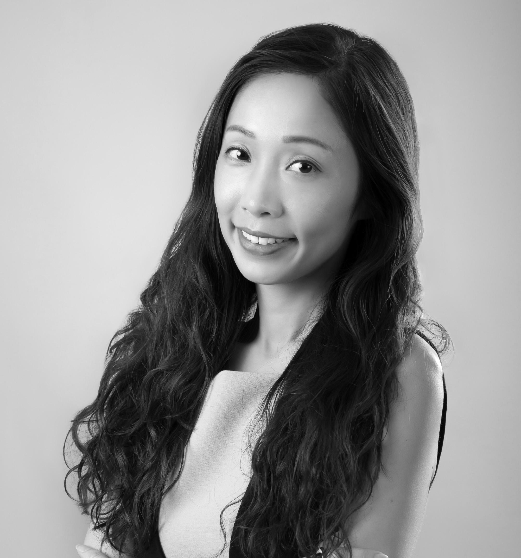 Ms Christina WONG