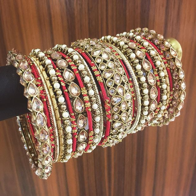A unique bridal story, undertones.  #shopbees #beesjewellery #bangles #mughalprincess #allthingsbridal #traditionalbride