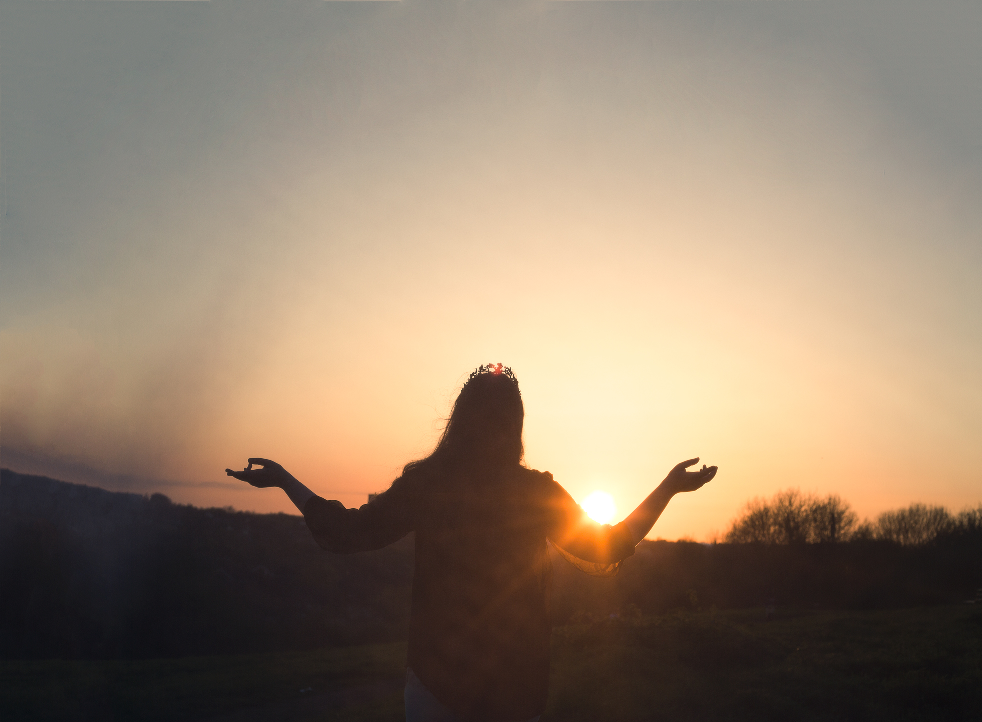 sun-worshipweb.jpg