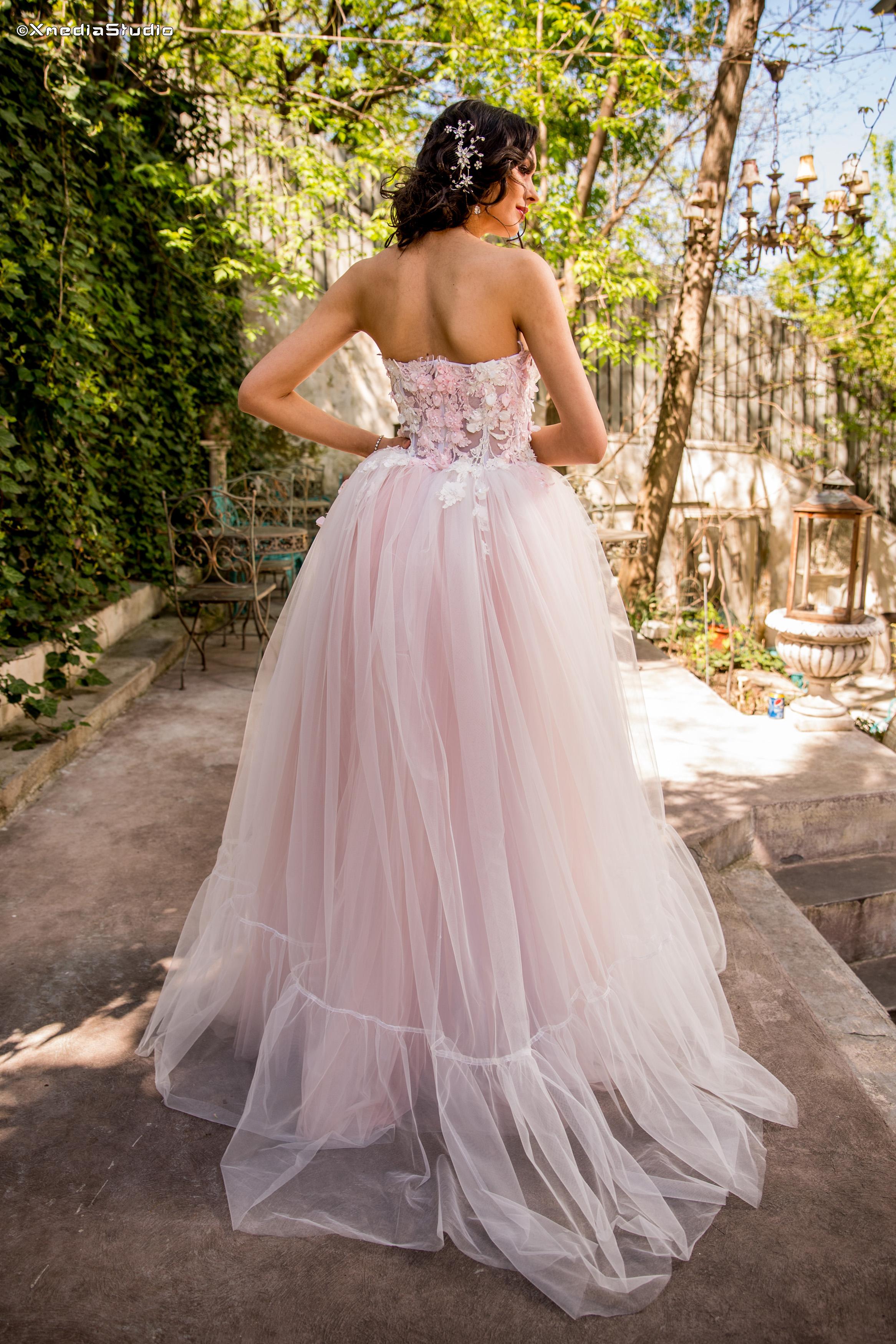 2018 wedding dresses fashion by laina (81).jpg