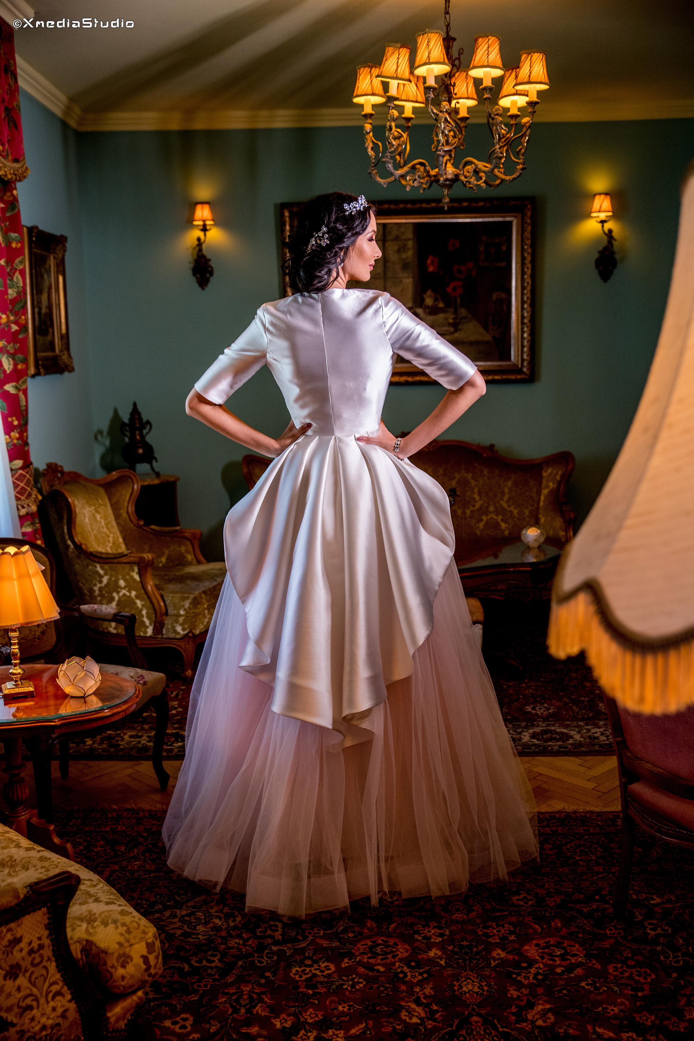 2018 wedding dresses fashion by laina (17).jpg