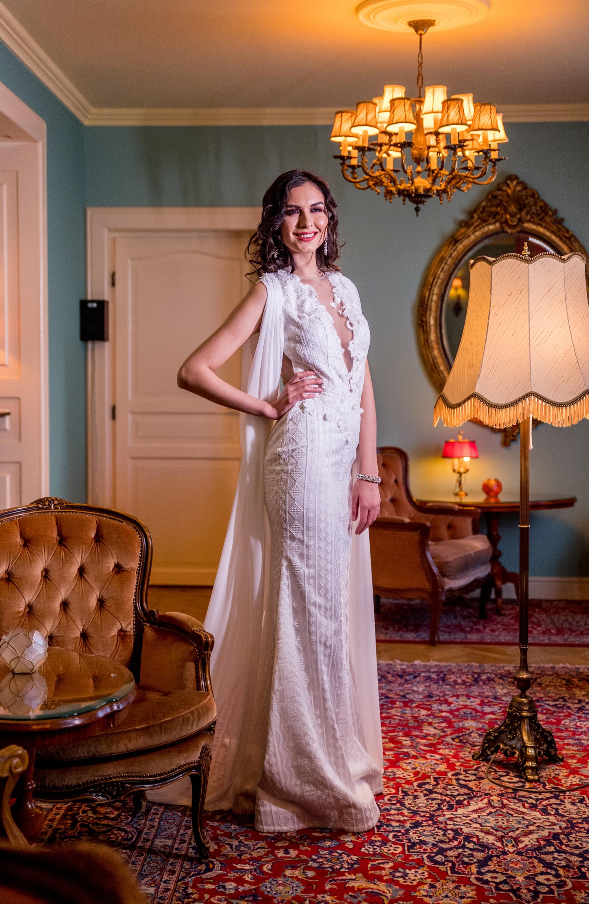 2018 wedding dresses fashion by laina (31).jpg