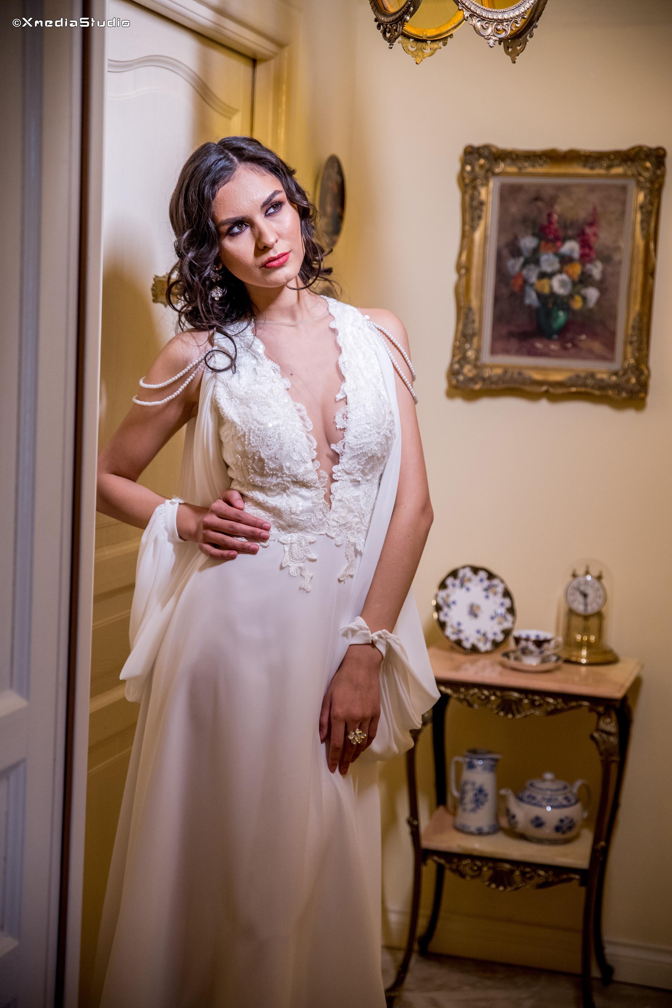 2018 wedding dresses fashion by laina (20).jpg