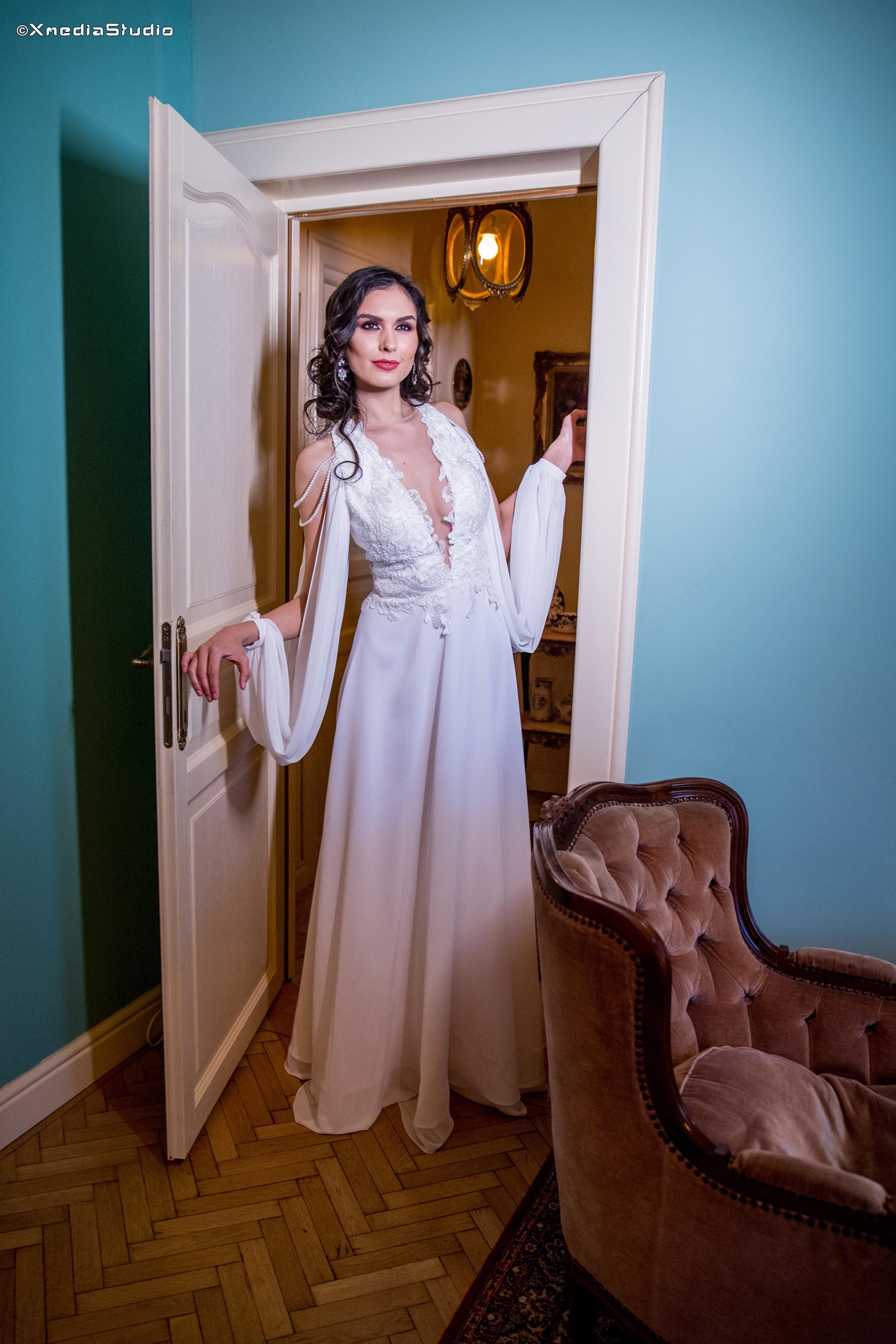 2018 wedding dresses fashion by laina (21).jpg