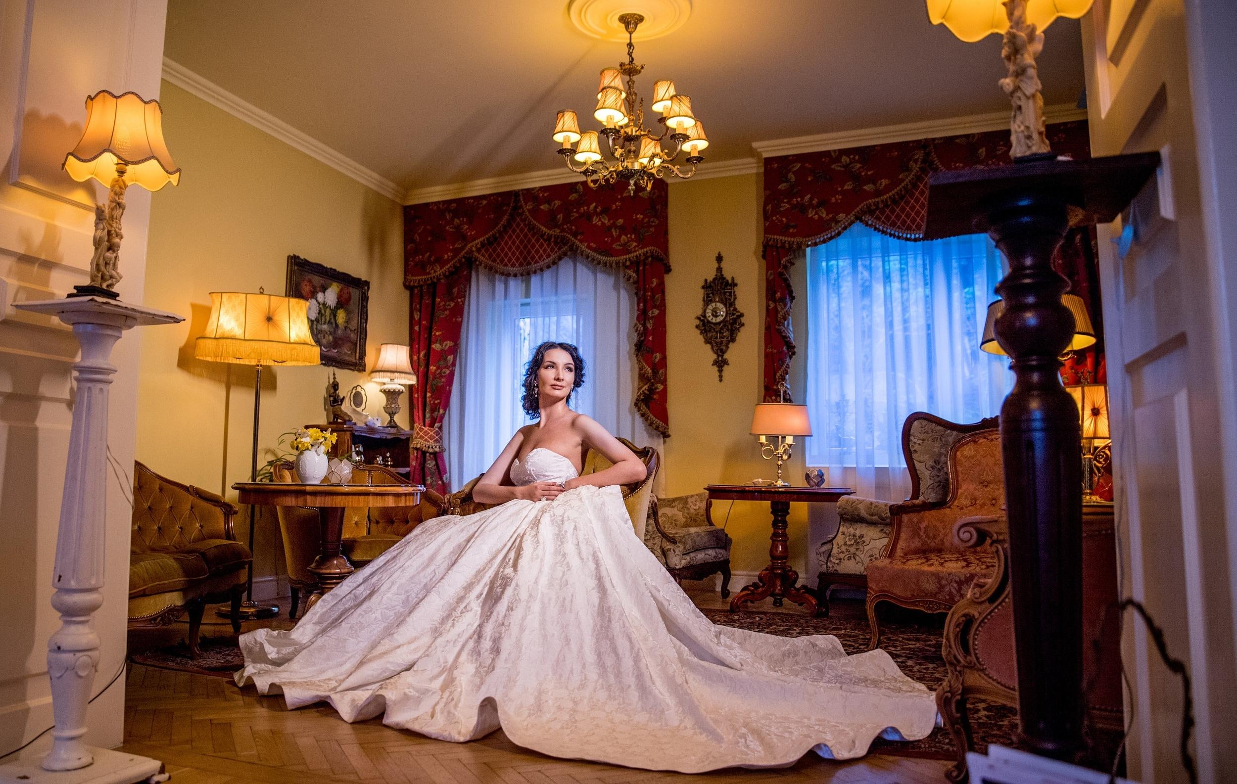 Amaryllis 2018 wedding dresses bridal by fashion by laina (732).jpg