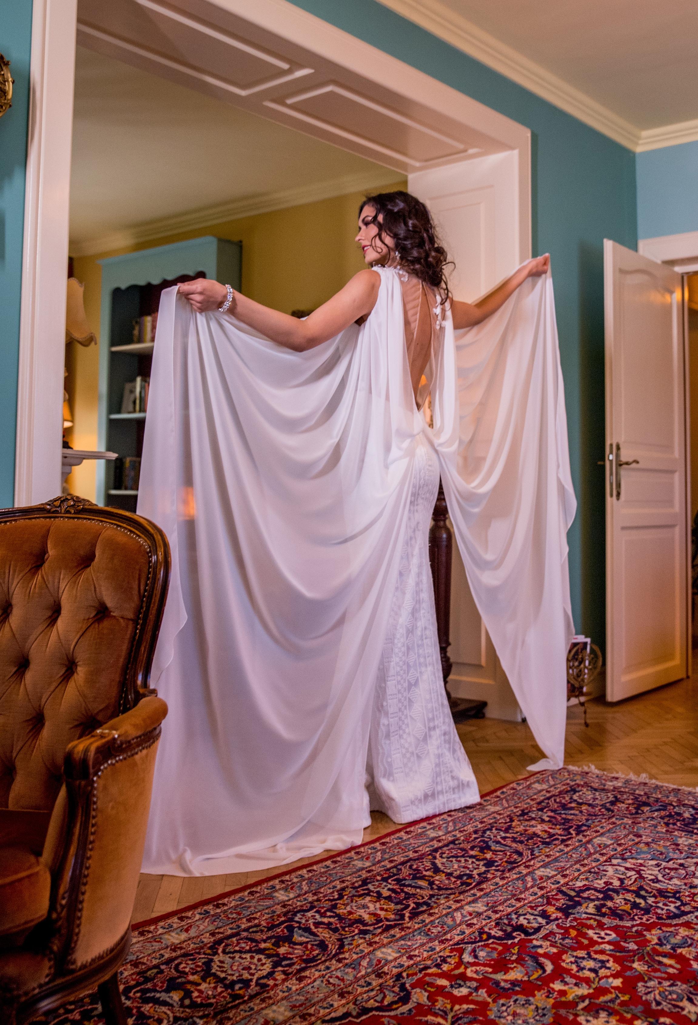 2018 wedding dresses fashion by laina (32).jpg