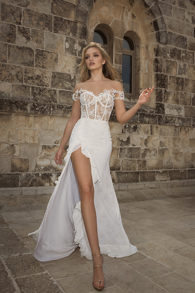 Wedding dress by Dany Mizrachi