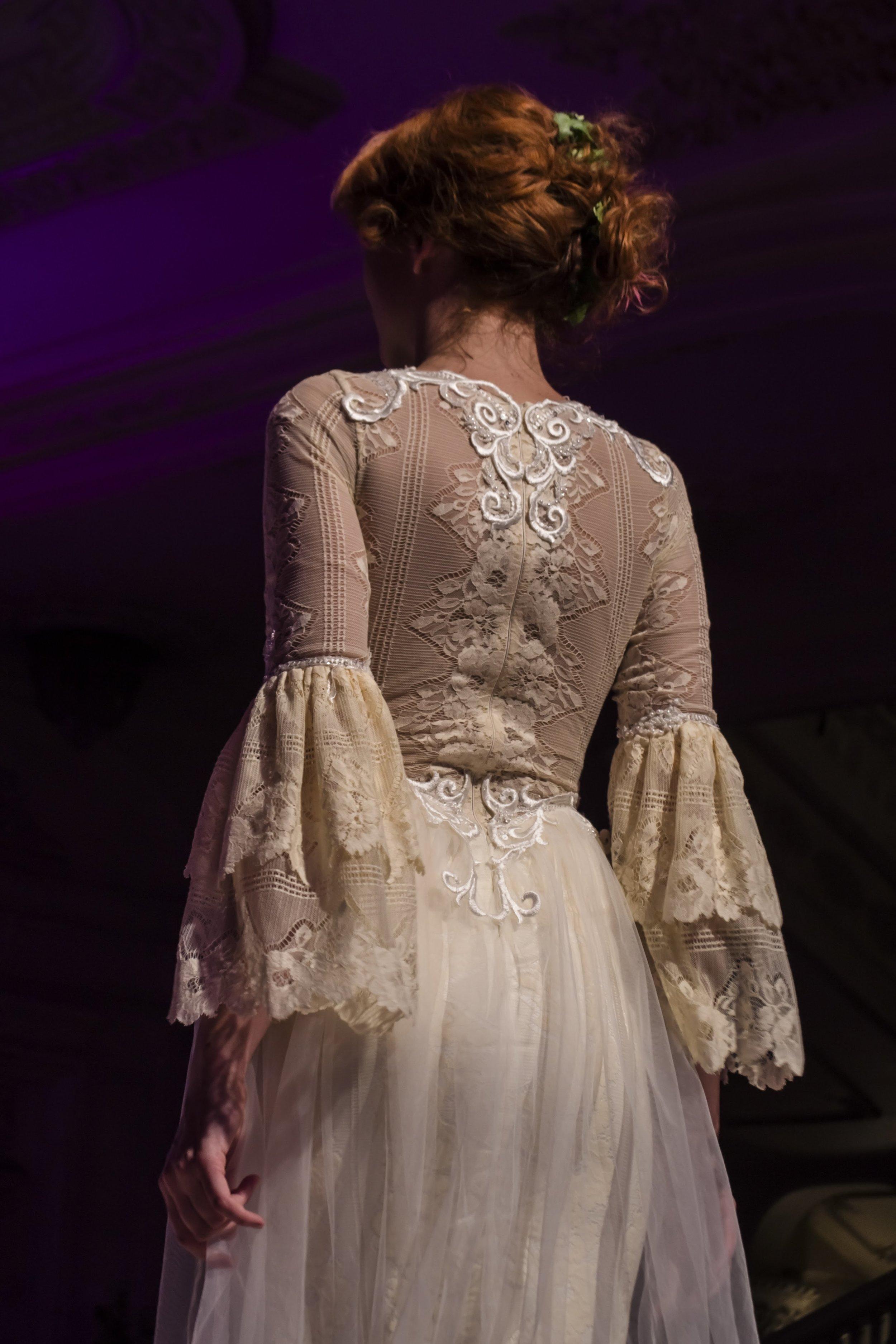 Dress Story: Pivoine, a Retro-Inspired Wedding Dress for Princess Brides