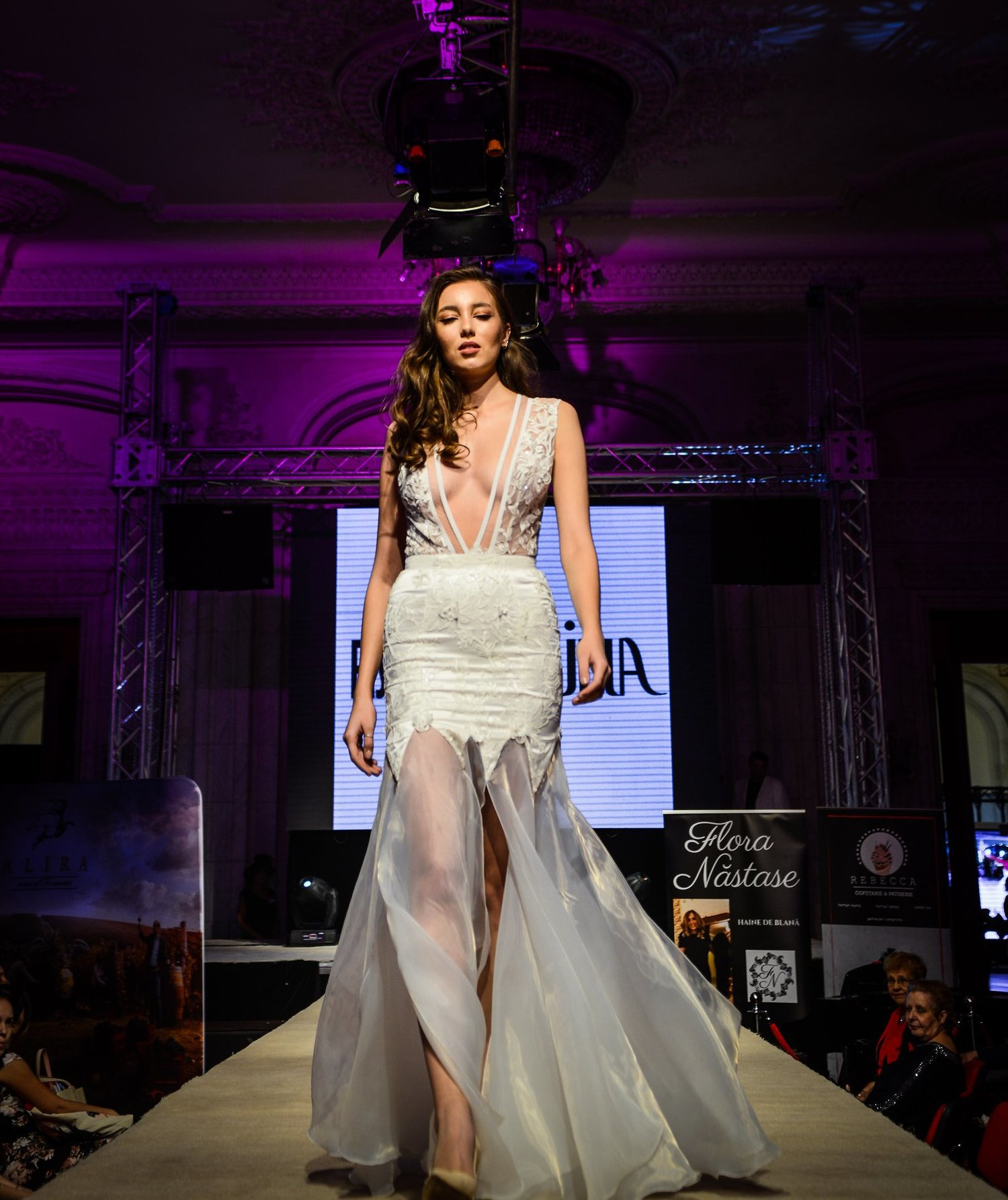 Carmen 2019 wedding dress by Fashion by Laina - See more at www.fashionbylaina.eu