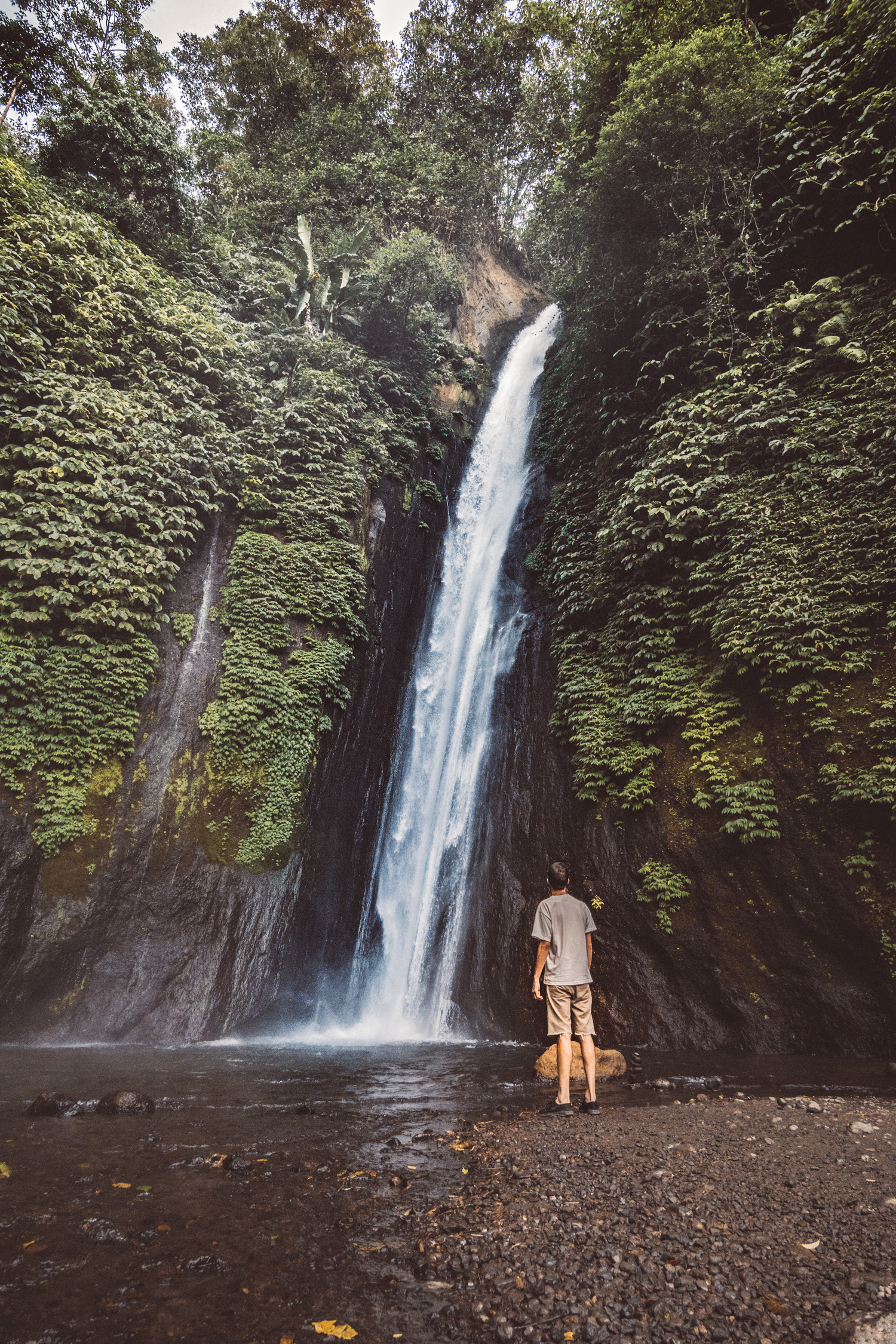 flearound-bali-munduk-waterfall.jpg