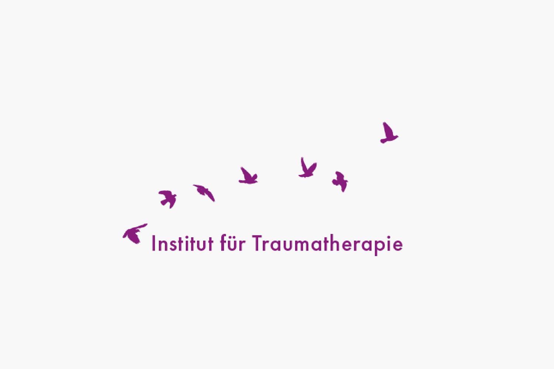 Webdesign und Online Buchungen - Website mit online Buchungssystem für die Weiterbildungsangebote im Traumasensitiven Yoga.