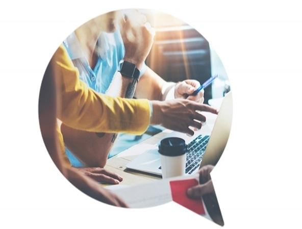 Angebot - Sie möchten mehr Kunden erreichen oder eine erfolgreiche online Kampagne lancieren? Wir unterstützen Sie bei der Planung, Strategie und Umsetzung von Social Media Marketing, Suchmaschinenoptimierung SEO, Google Ads und mehr.Online Marketing Lösungen →