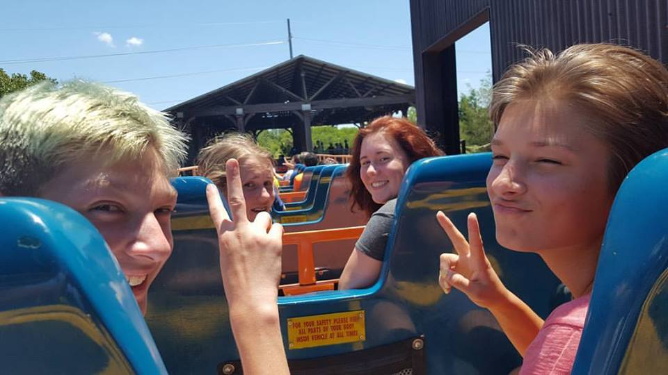 Six Flags 1.jpg