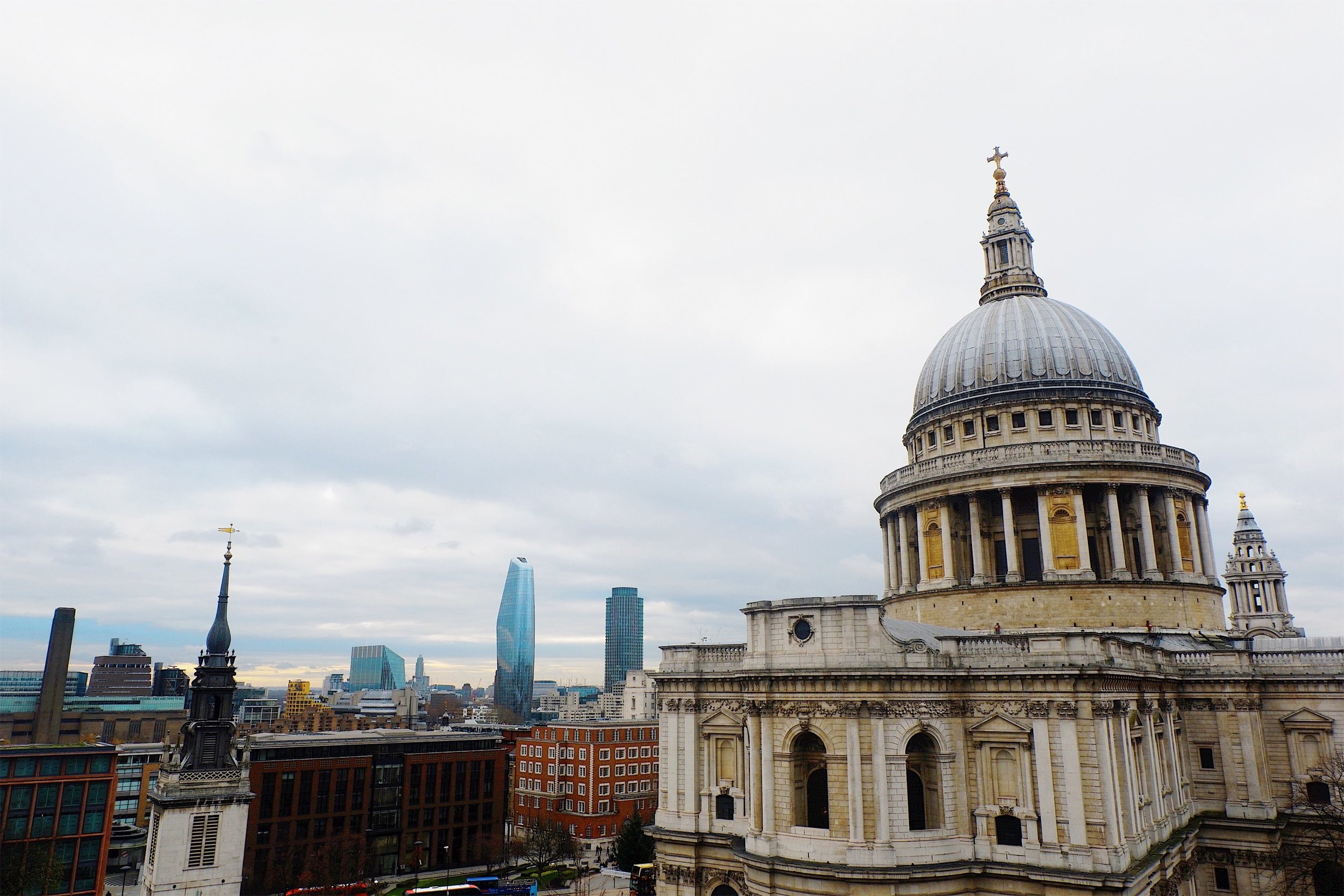 The Best Views in London - Our founder is a 2x London expat - so we're experts in London travel. Here's where to go for the best (free) views of the iconic London Skyline.