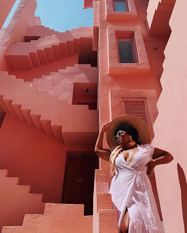Is Spain on your travel list? Start planning your trip to southern Spain or to major cities like Barcelona + Madrid with us! Click the link in our bio ✈️ 🇪🇸 #youtravelco 📸 @_thegirlwithcurls
