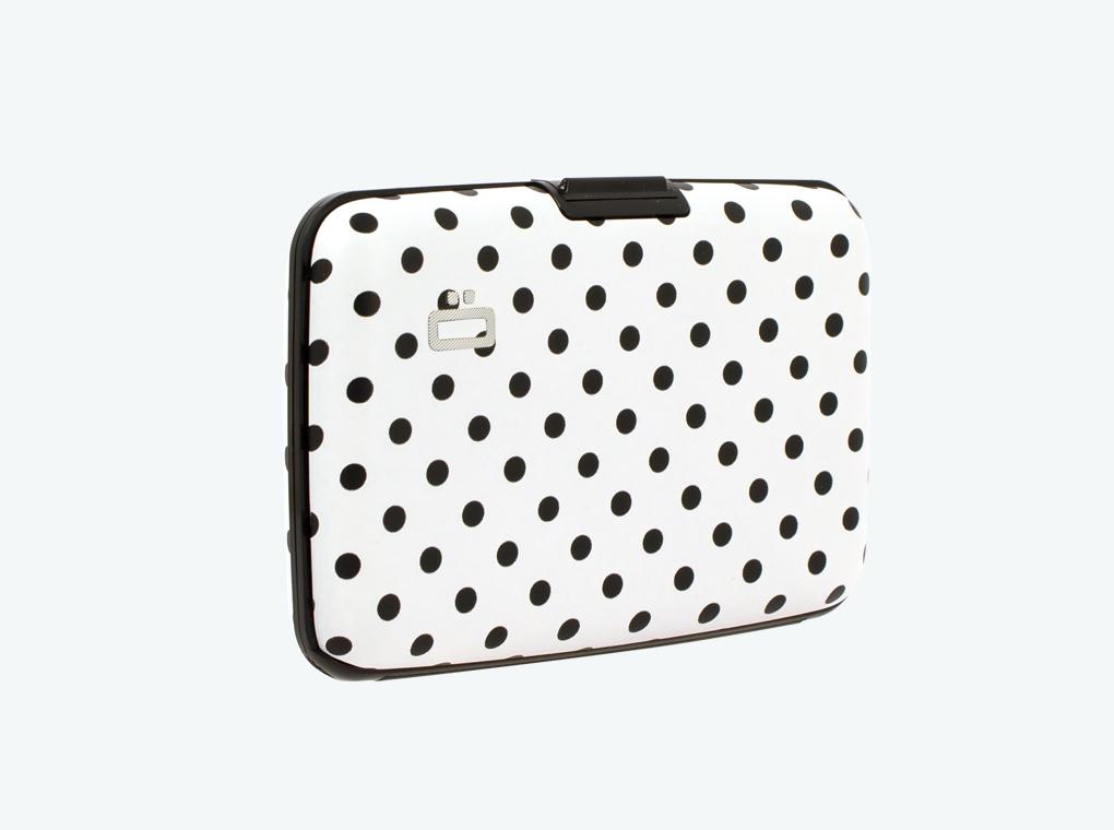stockholm-card-case-dots.jpg