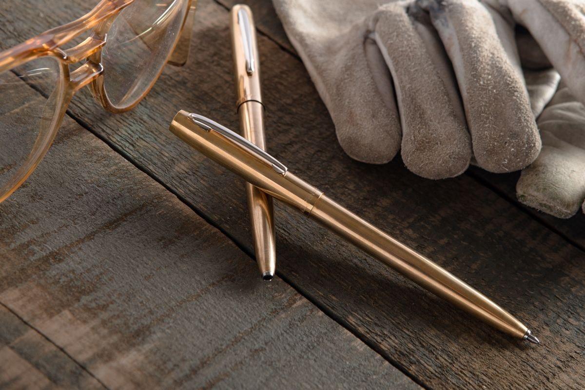 M4 Raw Click Pen.