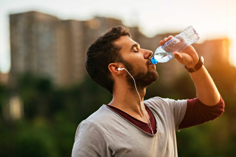 how-to-lose-weight-fast-water-760x506.jpg