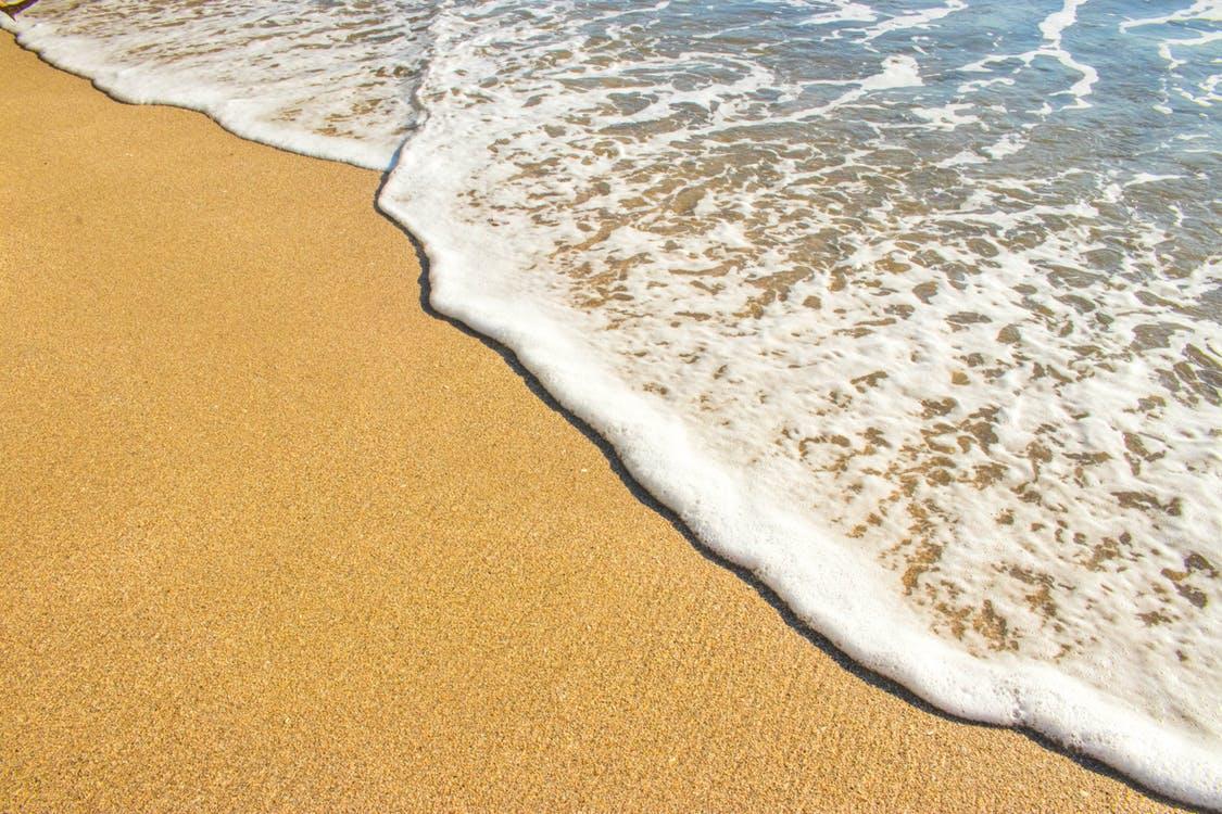 beach - pexels-photo-919496.jpeg