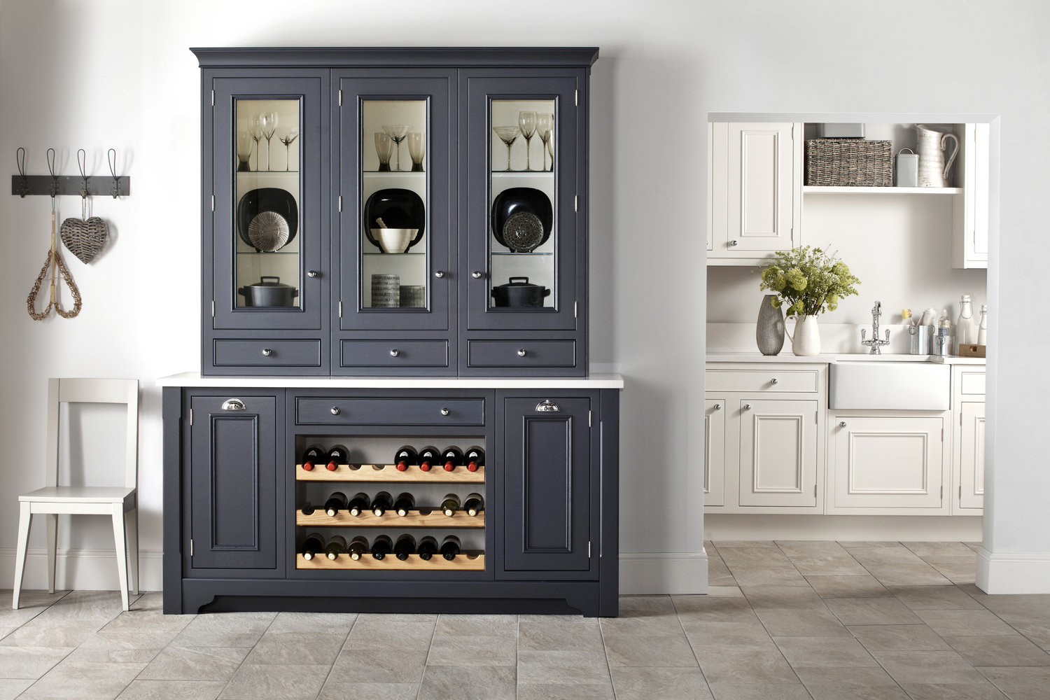 consider choosing units in two contrasting paint finishes for stunning visual effect.