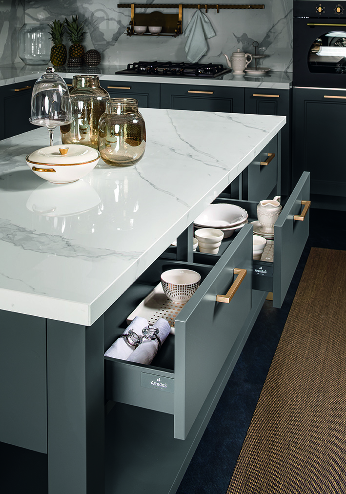 sumptuous worktops and sophisticated units, synonymous with an arredo 3 kitchen.
