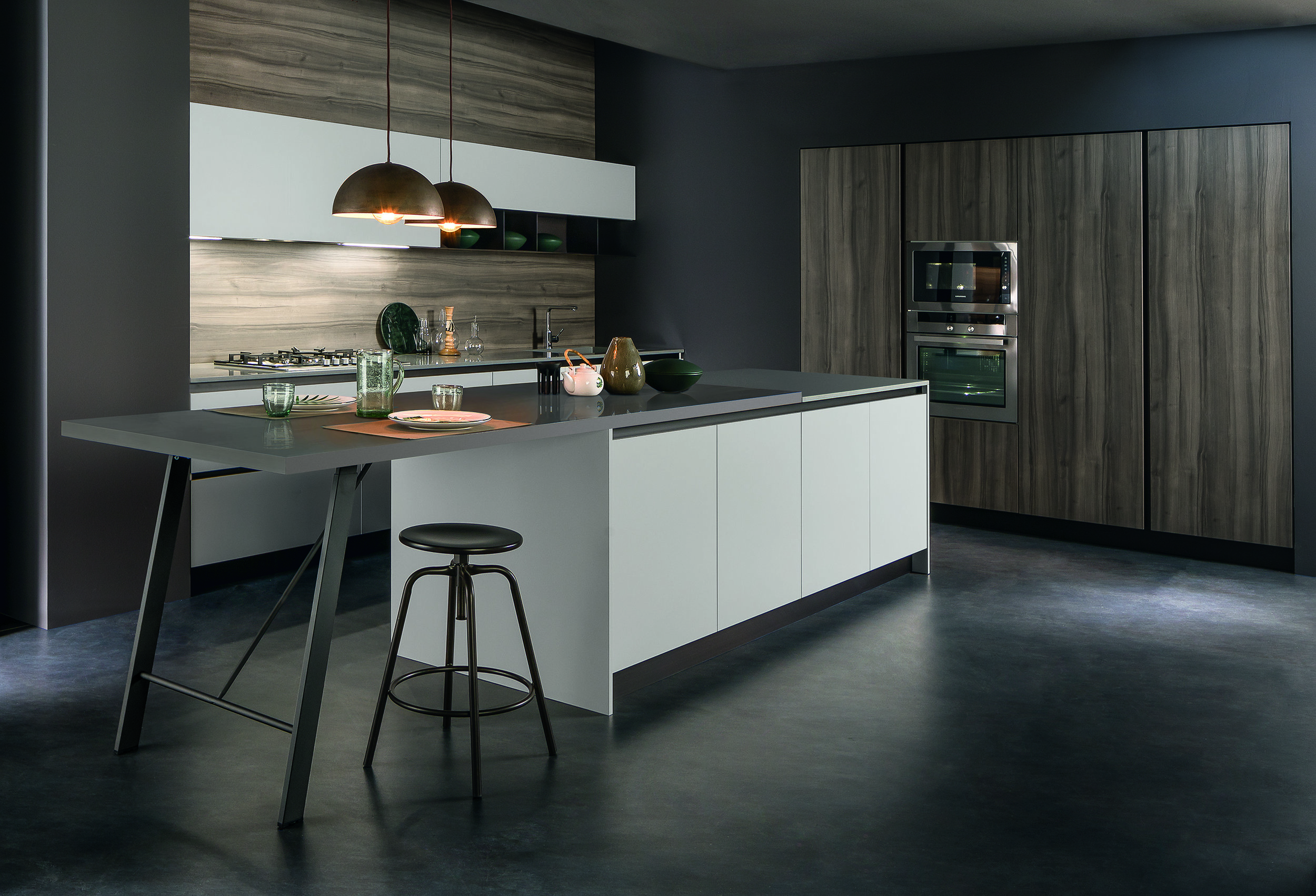 masters of design, the italians really know how to make a kitchen 'sing'!