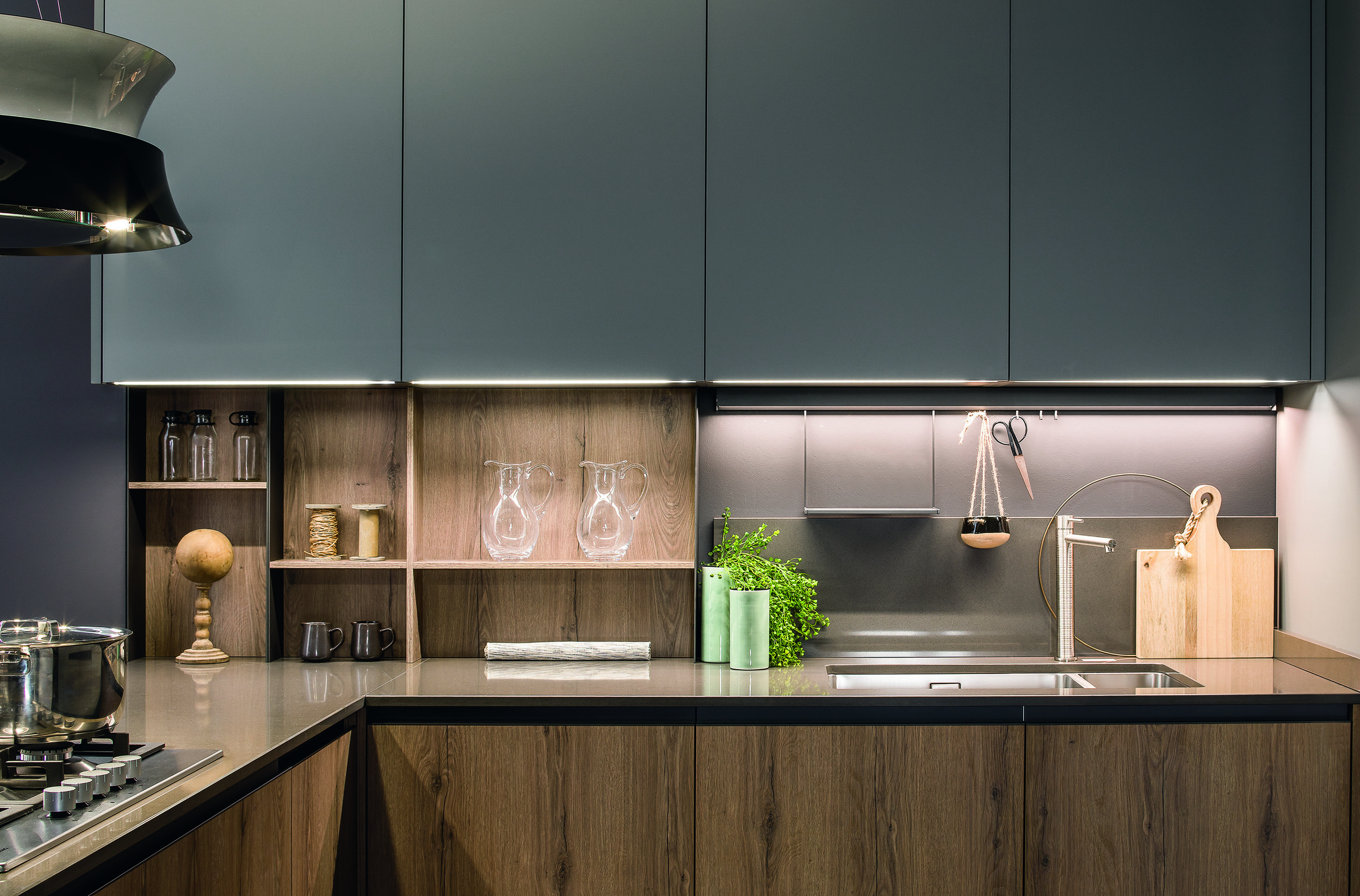 create perfect illumination for your worktops with arredo 3.