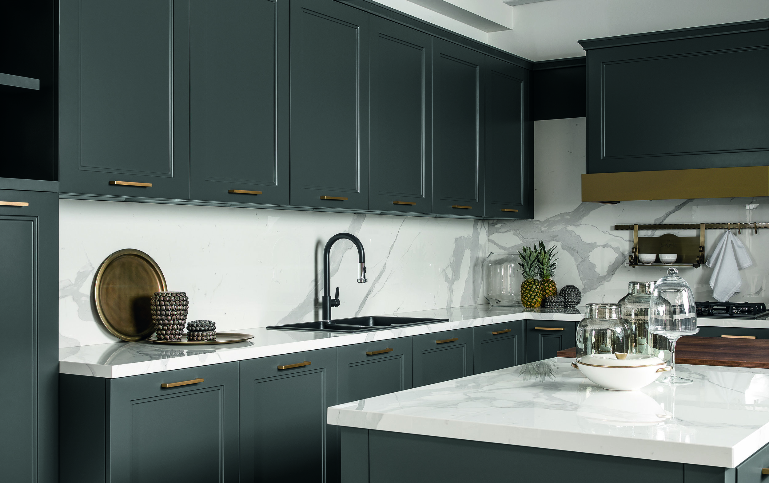 with its recessed panel and moulding detail, meg exudes contemporary looks…