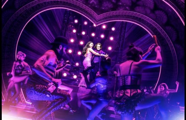 Moulin Rouge - 002.jpg