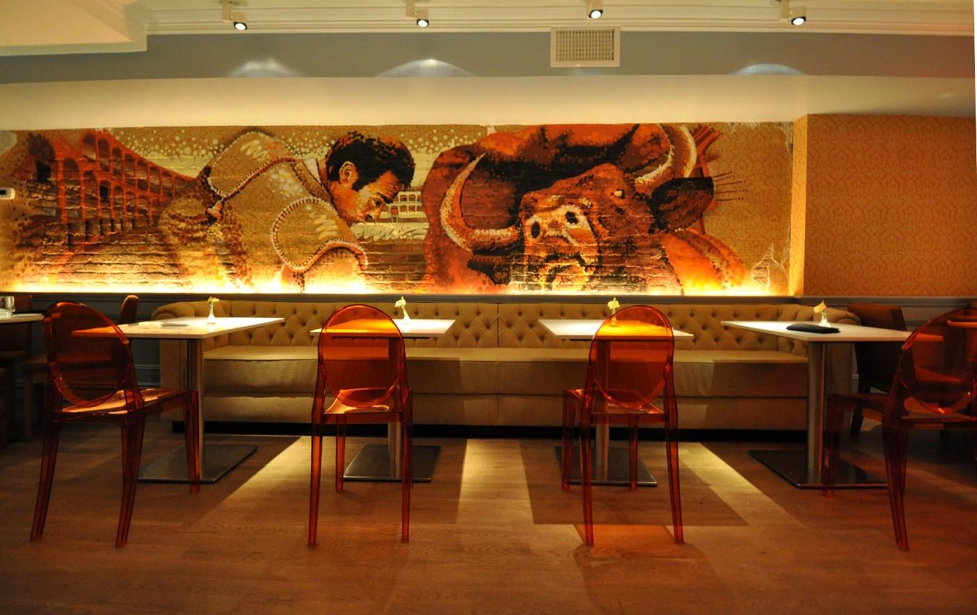 GRAFFIT_dining mural.jpg