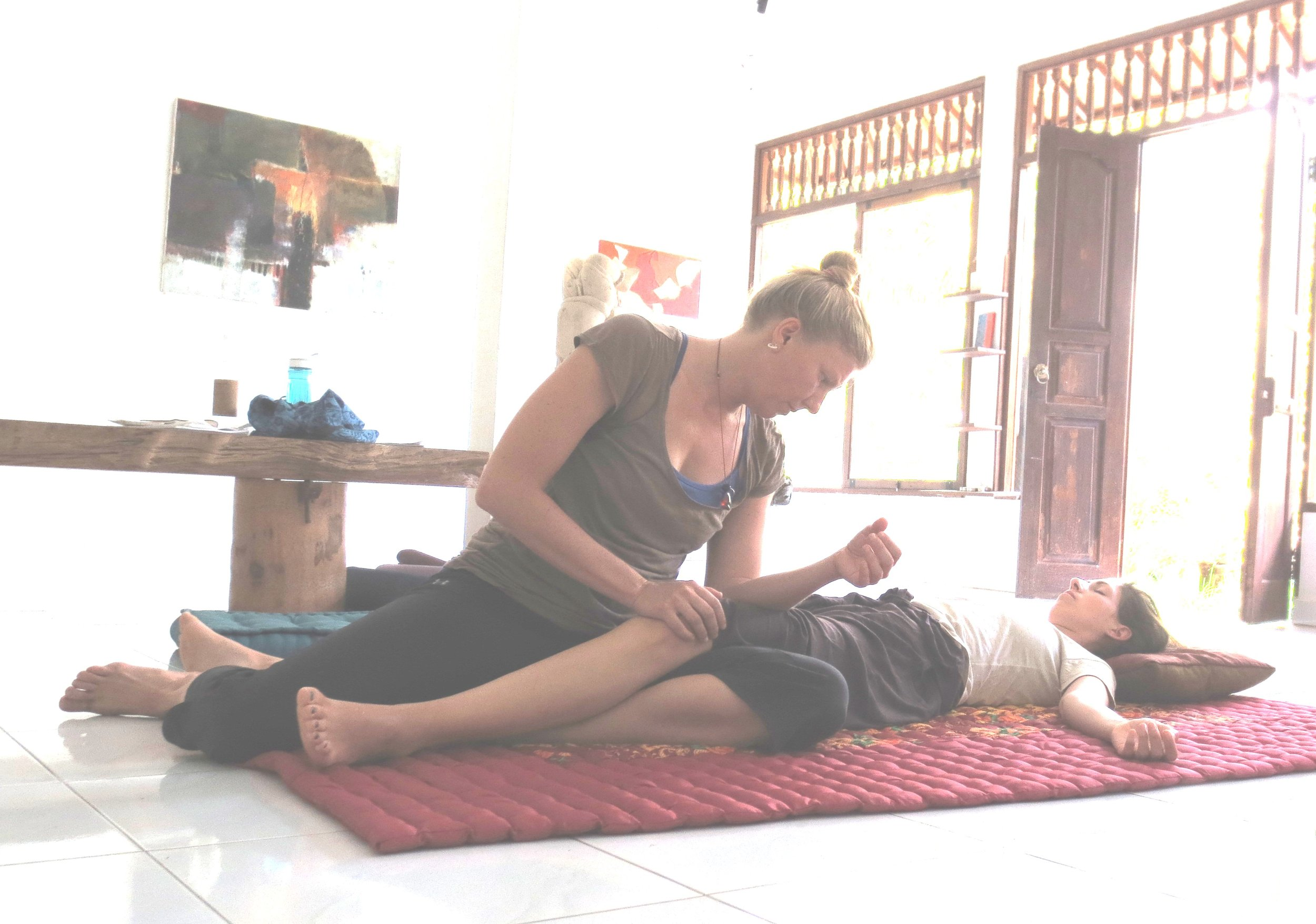 thai massage9.jpg
