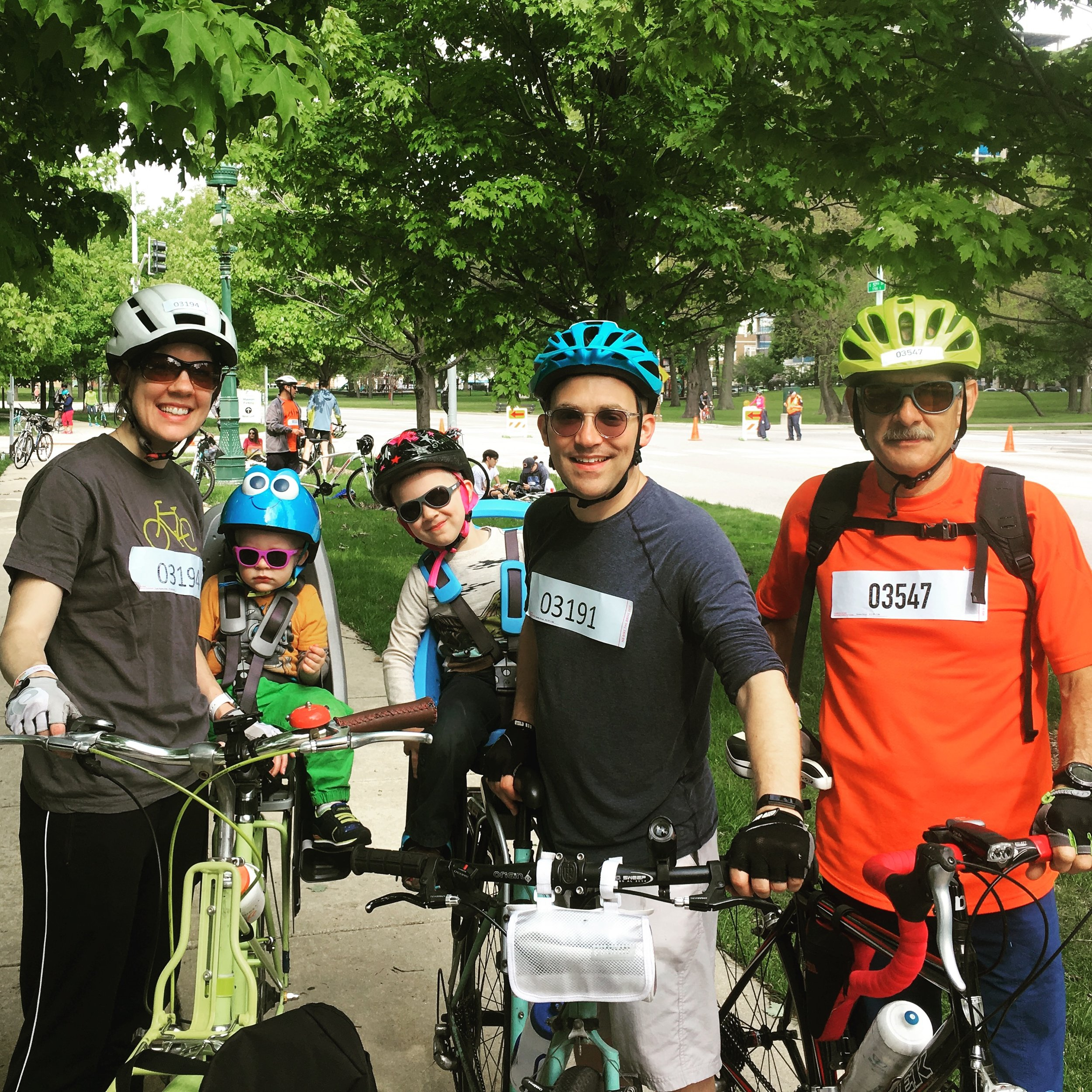family-xtracycle-kristen-delap-bike-the-drive-chicago