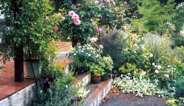 12-GardenPatio3-600.jpg